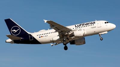 A picture of DAILM - Airbus A319114 - Lufthansa - © Sebastian Sowa