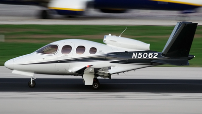 N5062 - Cirrus Vision SF50 G2 - Private