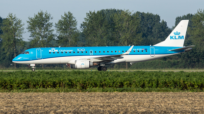 PH-EZD - Embraer 190-100STD - KLM Cityhopper