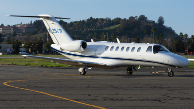 N525CR - Cessna 525B CitationJet 3 - Private