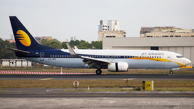 VT-JFE - Boeing 737-8AL - Jet Airways
