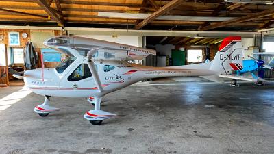 D-MLWF - Remos G-X - UTC Flugschule