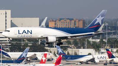 CC-CZZ - Boeing 767-316F(ER) - LAN Cargo Colombia