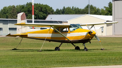 N5842B - Cessna 182 - Private