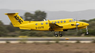 D-CUTE - Beechcraft B300 King Air 350 - ADAC Luftrettung (Aero-Dienst)