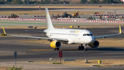 A picture of ECMFM - Airbus A320232 - Vueling - © Mateo León