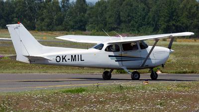 A picture of OKMIL - Cessna 172S Skyhawk SP - [172S8719] - © Petr Polak