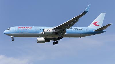 I-NDMJ - Boeing 767-306(ER) - Neos