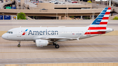 A picture of N717UW - Airbus A319112 - American Airlines - © Alexander Owen