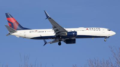 A picture of N917DU - Boeing 737932(ER) - Delta Air Lines - © Jeremy D. Dando