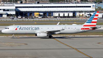 A picture of N102NN - Airbus A321231 - American Airlines - © Xiamen Air 849 Heavy