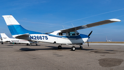 N2667S - Cessna 210L Centurion - Private