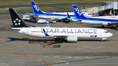 JA51AN - Boeing 737-881 - All Nippon Airways (ANA)