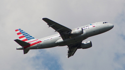 N717UW - Airbus A319-112 - American Airlines