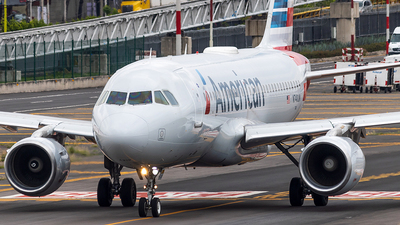 A picture of N740UW - Airbus A319112 - American Airlines - © Alejandro Zárate Gtz