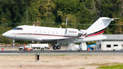 N205QS - Bombardier CL-600-2B16 Challenger 650 - NetJets Aviation