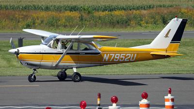 A picture of N7952U - Cessna 172F Skyhawk - [17251952] - © Thomas P. McManus