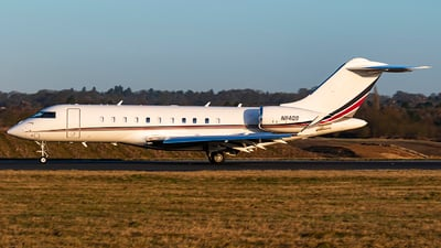 A picture of N114QS - Bombardier Global 5000 - NetJets - © Matt Varley