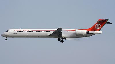 B-17919 - McDonnell Douglas MD-90-30 - Uni Air