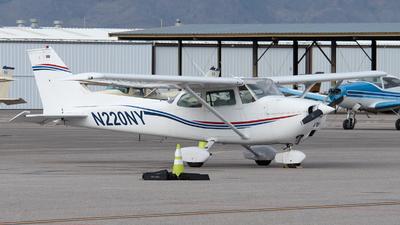 A picture of N220NY - Cessna 172M Skyhawk - [17263763] - © Frank Buschmann