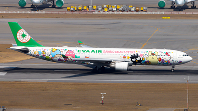 A picture of B16333 - Airbus A330302 - EVA Air - © Swisse