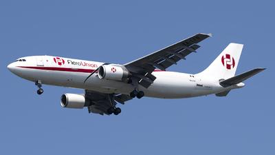 A picture of XALFR - Airbus A300C4605R(F) - AeroUnion - © Mark Szemberski