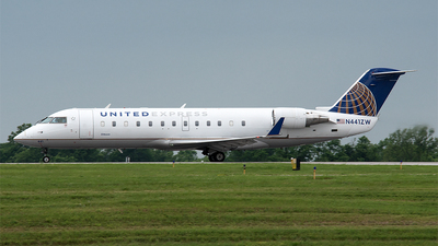 A picture of N441ZW - Mitsubishi CRJ200LR - United Airlines - © Nick Michaud