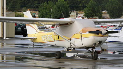 N35618 - Cessna 172I Skyhawk - Private