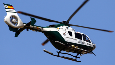 HU.26-16 - Eurocopter EC 135P2 - Spain - Guardia Civil