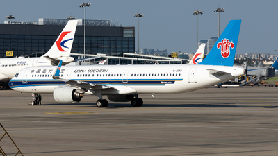 A picture of B309J - Airbus A321271N - China Southern Airlines - © miCHAel TAN