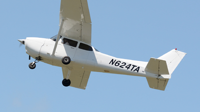 N624TA - Cessna 172S Skyhawk - Private