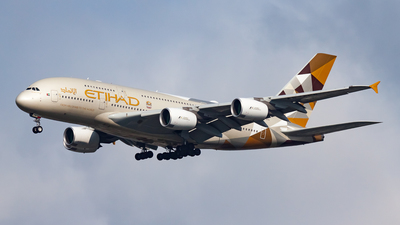 A6-APB - Airbus A380-861 - Etihad Airways