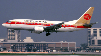 N12322 - Boeing 737-3T0 - Continental Airlines