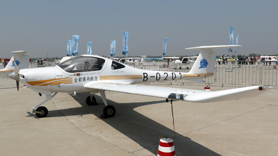 B-0201 - Diamond Aircraft DV-20A Katana - Private