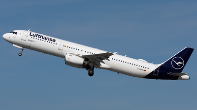 A picture of DAIDD - Airbus A321231 - Lufthansa - © Igor Piotrowicz