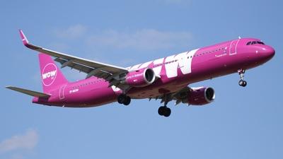 TF-MOM - Airbus A321-211 - WOW Air