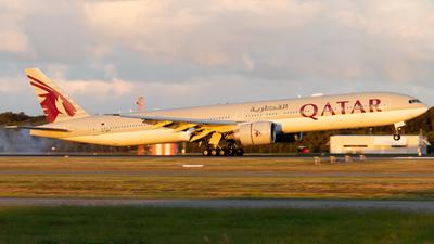A7-BET - Boeing 777-3DZER - Qatar Airways