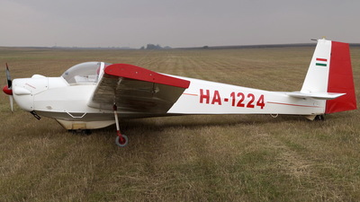 HA-1224 - Scheibe SF.25D Falke - Private