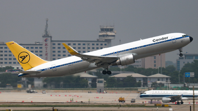 A picture of DABUM - Boeing 76731B(ER) - Condor - © Captain Zhang
