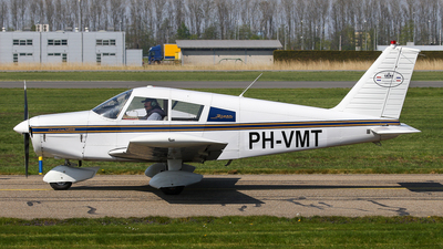 PH-VMT - Piper PA-28-140 Cherokee B - Private