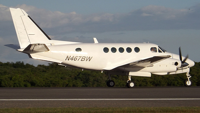 N467BW - Beechcraft A100 King Air - Private