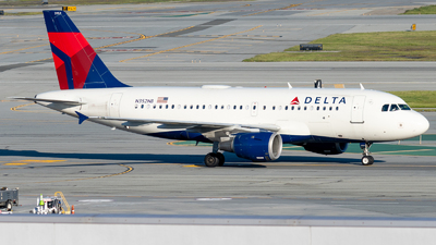 A picture of N352NB - Airbus A319114 - Delta Air Lines - © global_flyer1