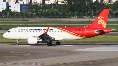 B-8219 - Airbus A320-214 - Shenzhen Airlines
