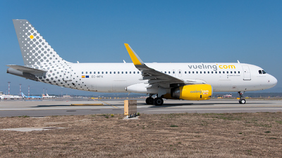 EC-MFN - Airbus A320-232 - Vueling Airlines