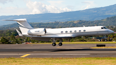 N194MF - Gulfstream G-V - Private