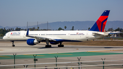 A picture of N594NW - Boeing 757351 - Delta Air Lines - © Jay Cassady