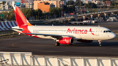 N684TA - Airbus A320-233 - Avianca Central America