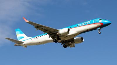A picture of LVGBK - Embraer E190AR - Aerolineas Argentinas - © MartinezRoe7