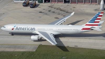 N270AY - Airbus A330-323 - American Airlines