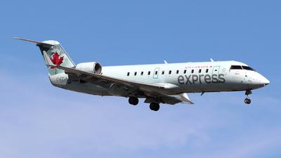 C-FZJA - Bombardier CRJ-200ER - Air Canada Express (Jazz Aviation)